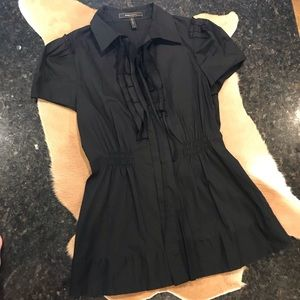 BCBG MAXAZRIA Fitted Ruffle front blouse Black SzS